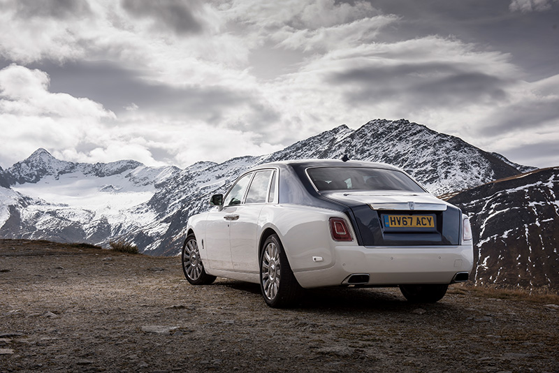 "Der neue Rolls-Royce PHANTOM ""Best Luxury Car"" in UK I Switzerland Photo: James Lipman"