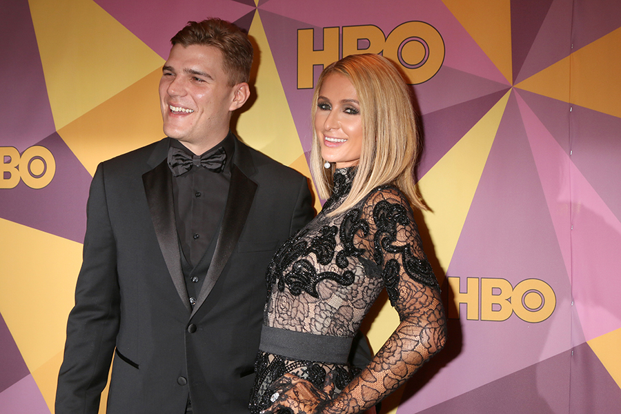 LOS ANGELES - JAN 7:  Chris Zylka, Paris Hilton at the HBO Post Golden Globe Party 2018 at Beverly Hilton Hotel on January 7, 2018 in Beverly Hills, CA